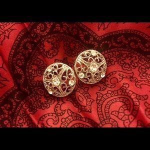 Beautiful Silver Filigree Rhinestone Earrings NWOT